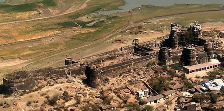 Dhikola Fort -- Shahpura Bagh